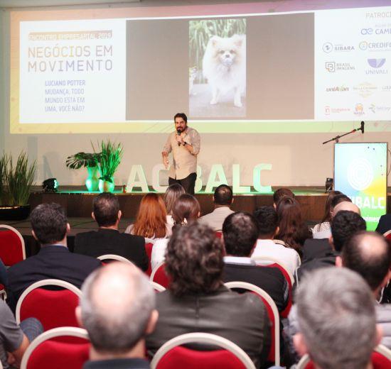 8º Encontro Empresarial da Acibalc é marcado por homenagens ao pioneirismo, lançamento de prêmio, além de palestras com grandes
