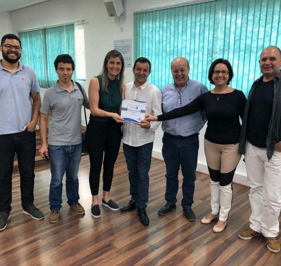 Acibalc participa da entrega do Plano de Desenvolvimento Econômico de Balneário Camboriú