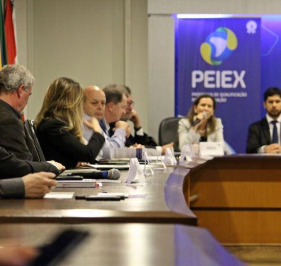 Acibalc participa de reunião do Conselho Consultivo do Programa de Qualificação para Exportação