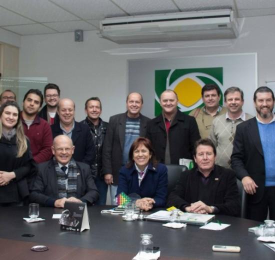 ACIs elencam prioridades do Vale do Itajaí durante plenária da FACISC em Brusque