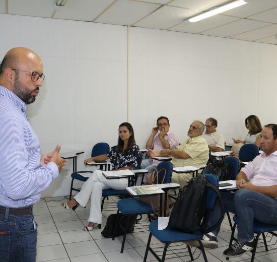 Águas de Camboriú apresenta detalhes de investimentos e planos em plenária na Acibalc