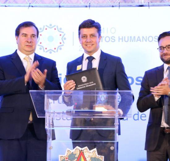 Balneário Camboriú recebe pela primeira vez Prêmio Direitos Humanos