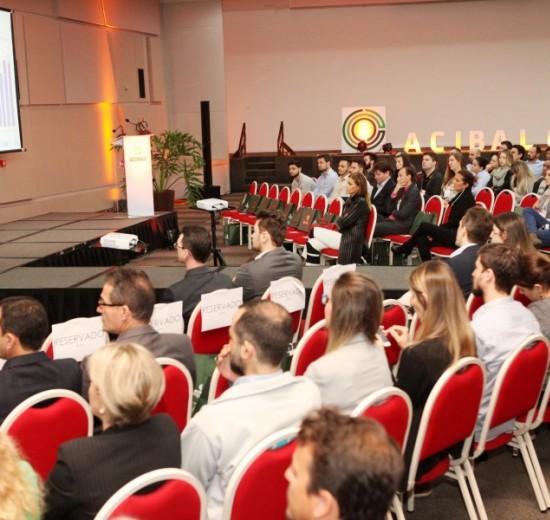 Cases nacionais, homenagens e palestras marcam a 6ª edição do Encontro Empresarial da Acibalc