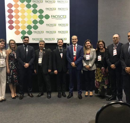 Comitê Jurídico da Facisc se reúne em Joinville
