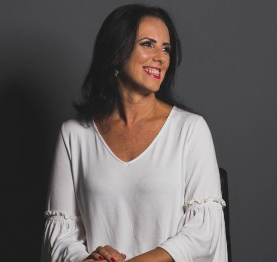 CONECTA 2020 - Conheça Mariane Nicoloso
