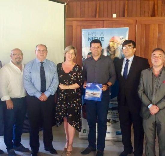 Diretores da Facisc participam de encontro com o trade turístico