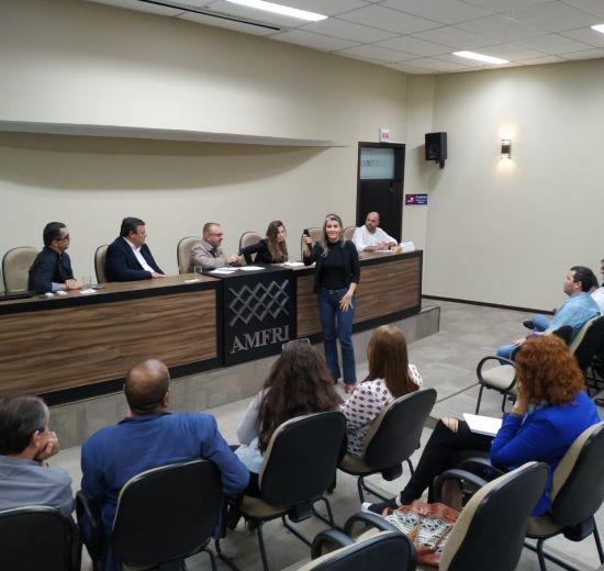 Diretoria participa de debate sobre a Saúde da Região