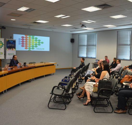 Em Jaraguá do Sul, temas do universo jurídico são debatidos na reunião do Comitê Jurídico da Facisc