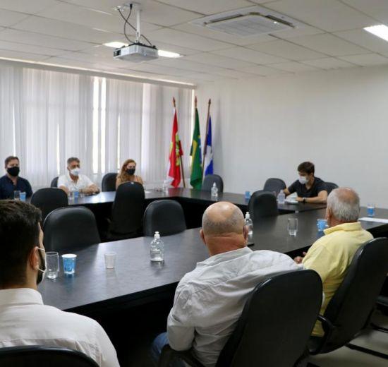 Fórum das Entidades de Balneário entrega ofício ao prefeito Fabrício