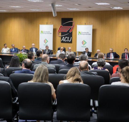 Fundação Empreender comemora 25 anos com evento em Joinville