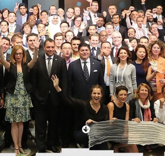 Jovens de 19 países vem a SC conhecer o relacionamento entre empresários e governo