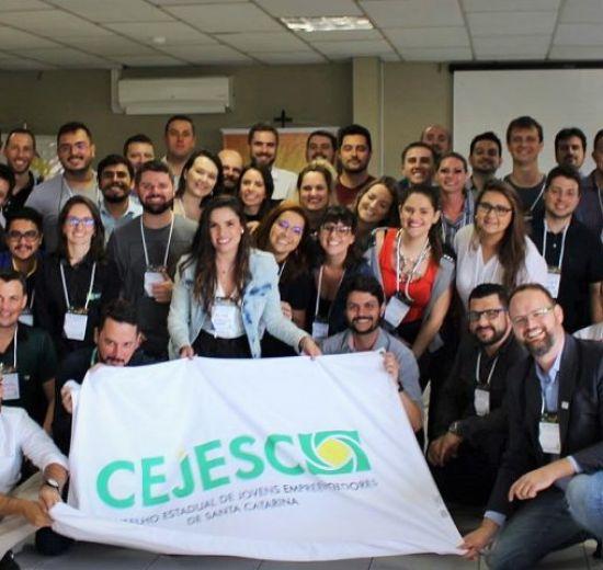 Marcos Roberto Stumpf, de São Miguel do Oeste, assume presidência do CEJESC