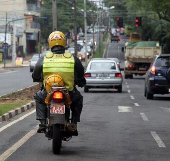 Mototaxistas têm até dia 29 para se regularizarem no FUMTRAN