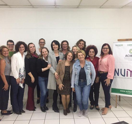 Mundo VUCA é tema de palestra para mulheres empresárias de Balneário