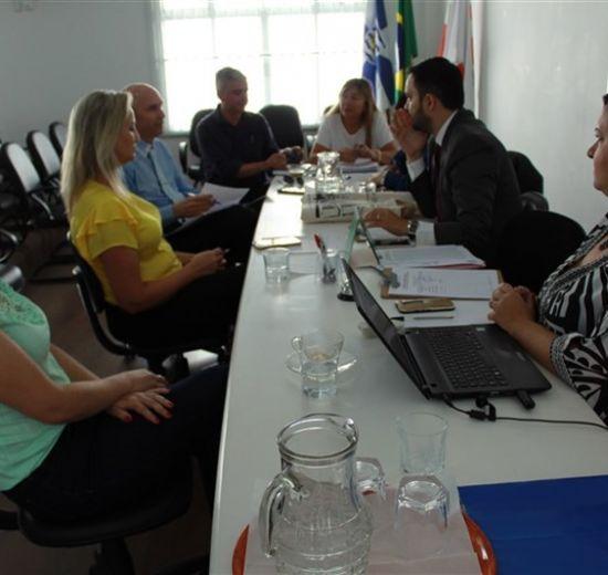 OAB de Balneário recebe coordenadora do Núcleo Jurídico da Acibalc