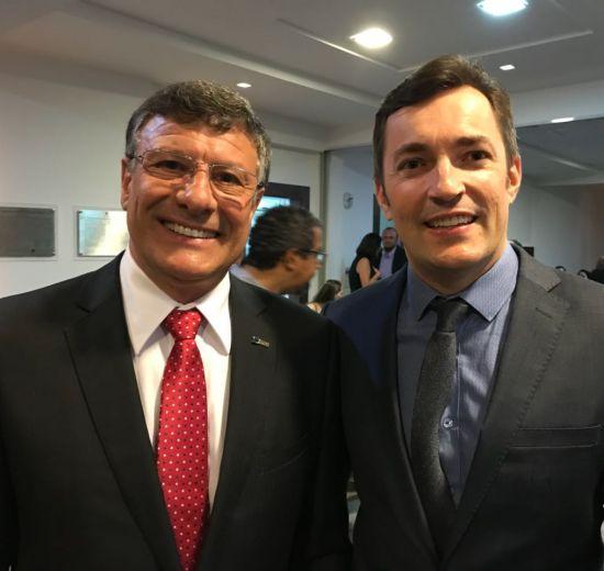 Posse da nova diretoria da CDL é prestigiada por diretores da Acibalc