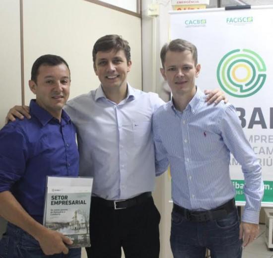 Prefeito de Balneário Camboriú apresenta ações dos primeiros 100 dias na Acibalc