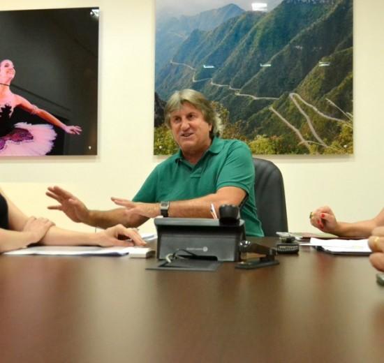 Representantes da Facisc e Acibalc em visita a Secretário de Turismo do Estado
