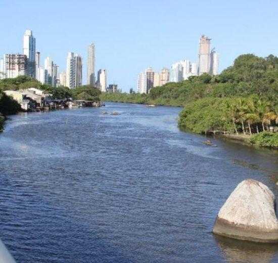 Reunião plenária da Acibalc apresenta o Projeto do Parque Inundável Multiuso do Rio Camboriú