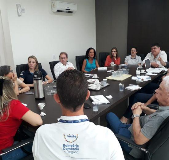 Secretaria de Turismo promove reuniões de alinhamento com trade de Balneário Camboriú