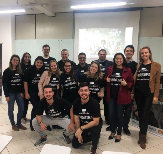 Voluntárias do Numea e do Núcleo Jovem da Acibalc participam de treinamento do Geração Empreendedora